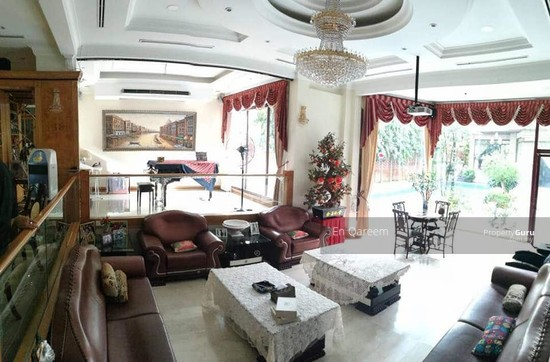 Bungalow Mewah Country Heights Kajang with Swimming Pool  130760646