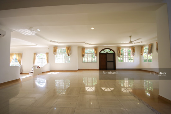 Putrajaya ,Beverly Row Bungalow  with Pool  130775532