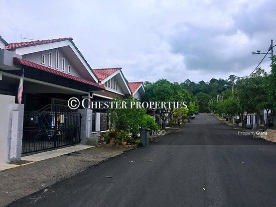 Single Storey Semi D Corner Jalan EH 46 Taman Evergreen Height 83000 Batu Pahat Johor  131057672