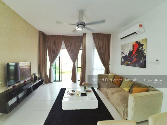 [ 2R2B ] Townhouse At Kota Seriemas [ FOR INVESTMENT ] [ AIRBNB ] [ KLIA ]  132960845