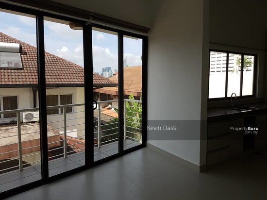 BUNGALOW IN FEDERAL HILL BANGSAR FOR RENT  133542909