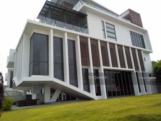 3 Storey Bungalow Exclusive Corner Lot Setia Alam. Shah ALam. Brand New with ID and Private Pool  133710156