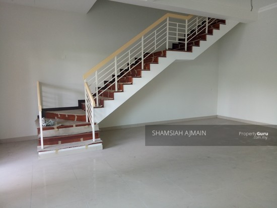 Double Storey Terrace At Puncak Saujana Section 4, Kajang  135839480