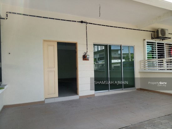 Double Storey Terrace At Puncak Saujana Section 4, Kajang  135839511