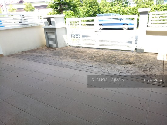 Double Storey Terrace At Puncak Saujana Section 4, Kajang  135839514