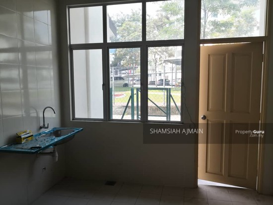 Double Storey Terrace At Puncak Saujana Section 4, Kajang  135839548