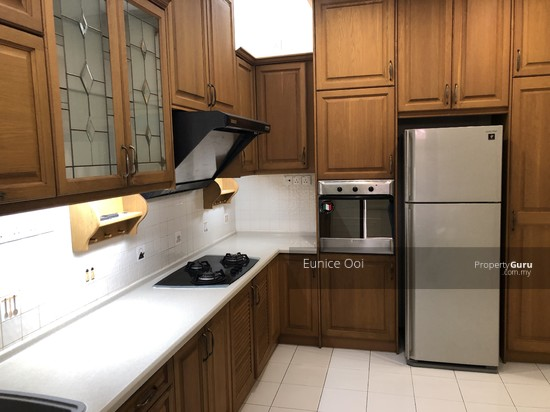 Taman Hillview , Lorong Sungai Kelian well maintained renovated kitchen with kitchen hood & hob, and electrical appliances 135745395