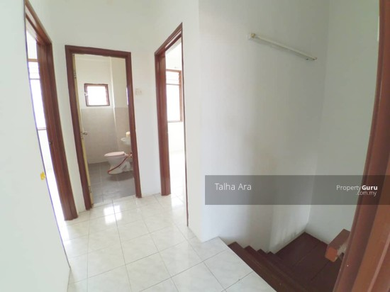 NEW REFURBISHED | 2 Sty SP4 Bandar Saujana Putra Puchong  135805615