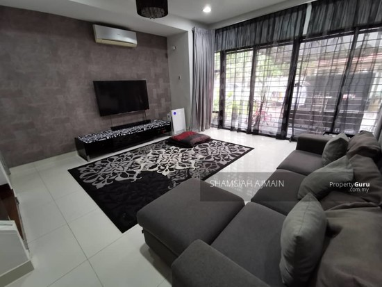 Double Storey Corner Unit at Subang Bestari, Section U5  135876088