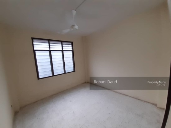 Apartment Mawar  136308702