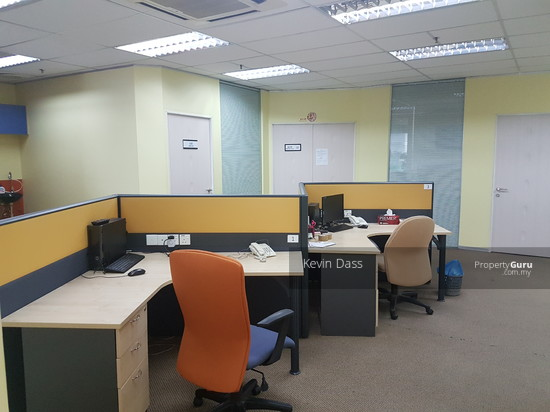 OFFICE IN IOI BUSINESS PARK PUCHONG FOR RENT  136665625
