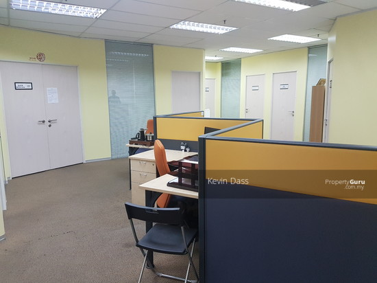 OFFICE IN IOI BUSINESS PARK PUCHONG FOR RENT  136665628