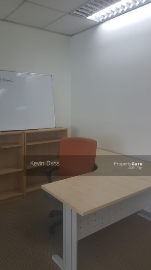 OFFICE IN IOI BUSINESS PARK PUCHONG FOR RENT  137027456