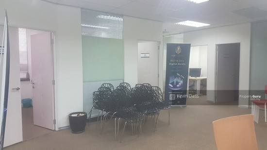 OFFICE IN IOI BUSINESS PARK PUCHONG FOR RENT  137027500