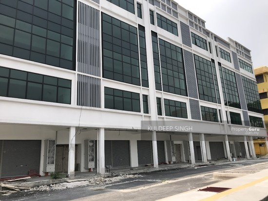5 storey industrial building in Sg. Besi KL  136857691