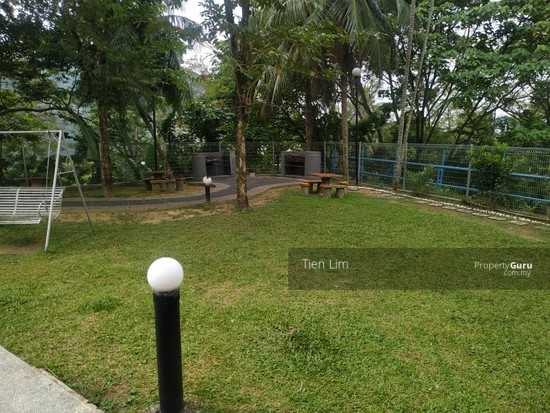 Desa View Towers Apartment  136859295