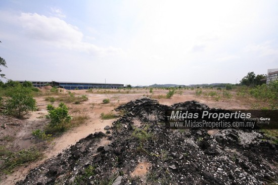 NILAI INDUSTRIAL ESTATE PRIME INDUSTRIAL LAND HIGH VISIBILITY NEAR HIGHWAY FLAT READY TO BUILD  136972852