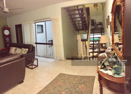 Double Storey Taman Seputeh KL (Midvalley) EXTENDED & WELL MAINTAINED -FREEHOLD  137017856