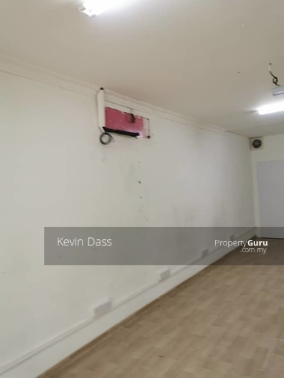 HALF SHOP FOR RENT IN PUCHONG PRIMA  137456874