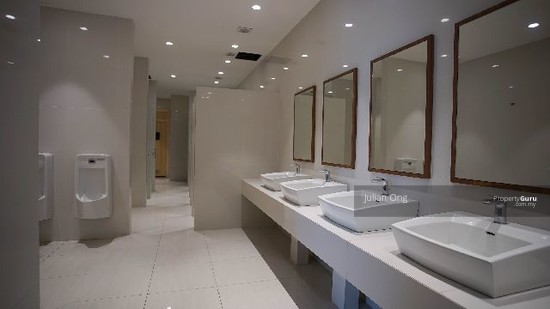 Empire Residence Damansara Perdana Clubhouse Bathrooms 137837184