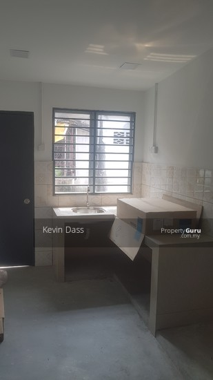 DOUBLE STOREY HOUSE IN TPP TAMAN PERINDUSTRIAN PUCHONG FOR SALE  138066610