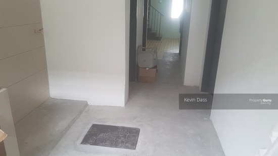 DOUBLE STOREY HOUSE IN TPP TAMAN PERINDUSTRIAN PUCHONG FOR SALE  138066651