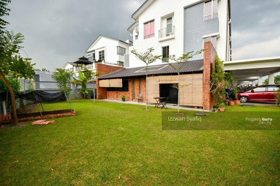 Beautiful Renovated 3 Storey Superlink (Corner Lot), Fairfield Residence, Tropicana Heights Kajang  138216492