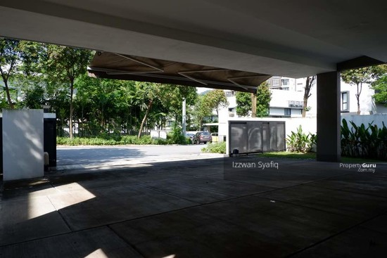 Beautiful Bungalow Villa with Swimmig Pool, 20 Trees, Taman Melawati, Near Melawati Mall  138218676