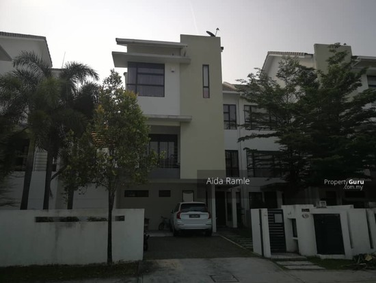 2.5 storey semi-D @ Twin Palms Sg. Long  139069970