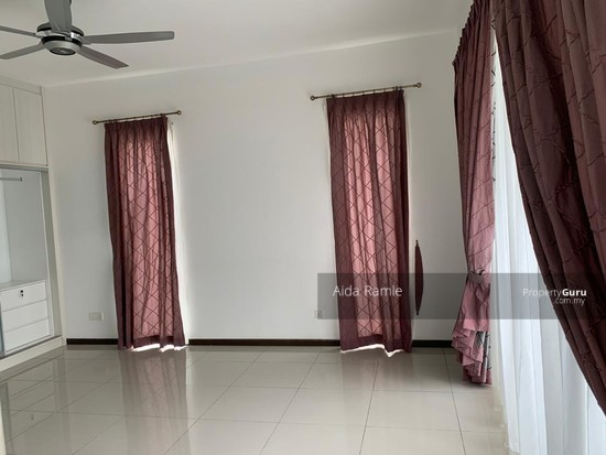 End lot 2.5 storey terrace @ Taman Nadayu 92, Kajang  139124222