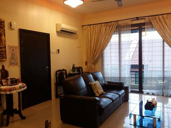 Alila Home Townhouse Renovated Furnish move in Condition  139371687