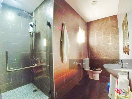 Renovated Corner link house nearby to UITM Shah Alam  139665690
