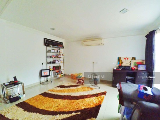 Renovated Corner link house nearby to UITM Shah Alam  139665711