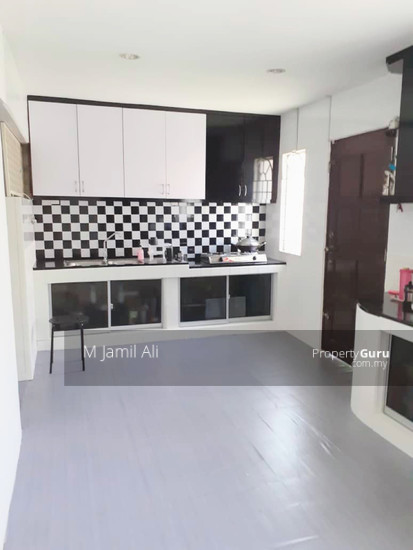 Renovated Corner link house nearby to UITM Shah Alam  139668817