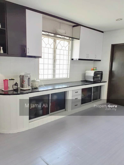 Renovated Corner link house nearby to UITM Shah Alam  139668820