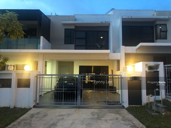 Good Condition 2 Storey Terrace House, The Valley West Horizon Hills  139989461