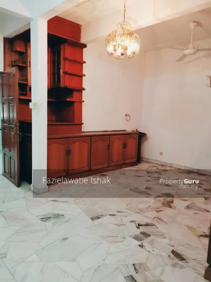 CORNER LOT Double Storey Sri Sedeli Taman Sri Andalas Klang RENOVATED & SEMI FURNISHED  140229317