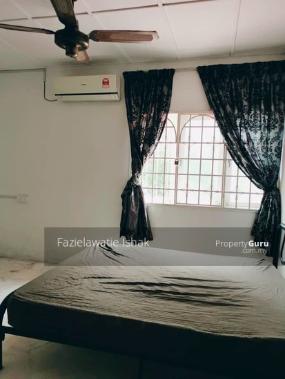CORNER LOT Double Storey Sri Sedeli Taman Sri Andalas Klang RENOVATED & SEMI FURNISHED  140229328