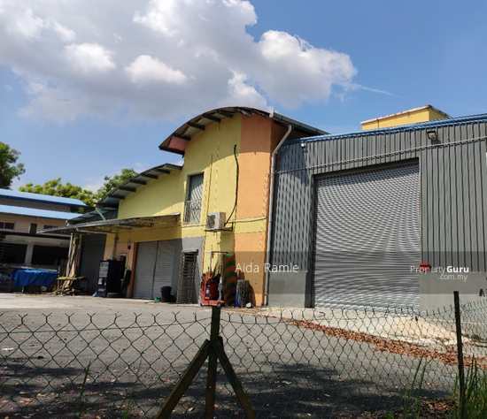 1.5 storey corner lot semi-D factory/warehouse with office space @ Bandar Baru Bangi  143830277
