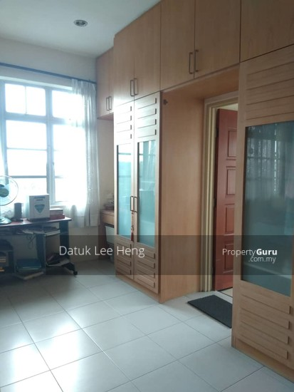 King's Height Apartment  140450830