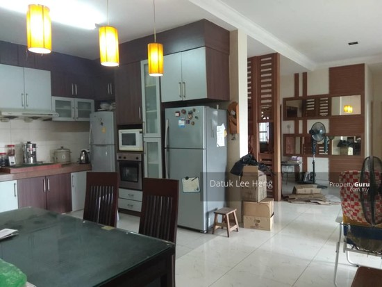 King's Height Apartment  140450839