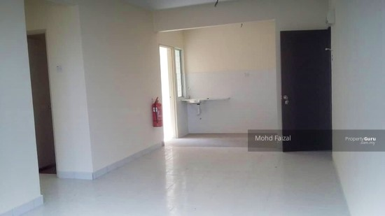 Apartment Villa Court Goodview Heights Level 2 903sft, Sg Long Kajang  140708274