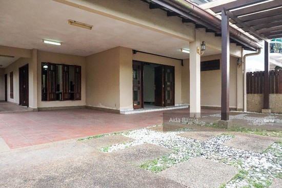 Fully renovated five bedrooms end lot double storey @ Taman Ehsan, Kepong  141179924