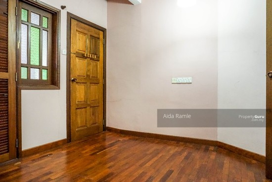 Fully renovated five bedrooms end lot double storey @ Taman Ehsan, Kepong  141179961