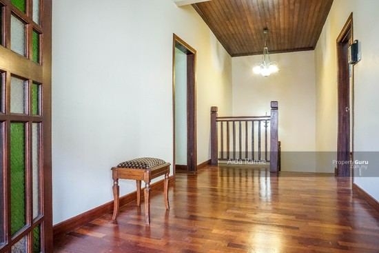 Fully renovated five bedrooms end lot double storey @ Taman Ehsan, Kepong  141179971