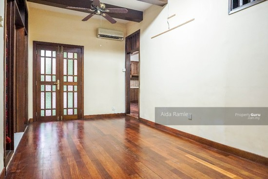 Fully renovated five bedrooms end lot double storey @ Taman Ehsan, Kepong  141179989