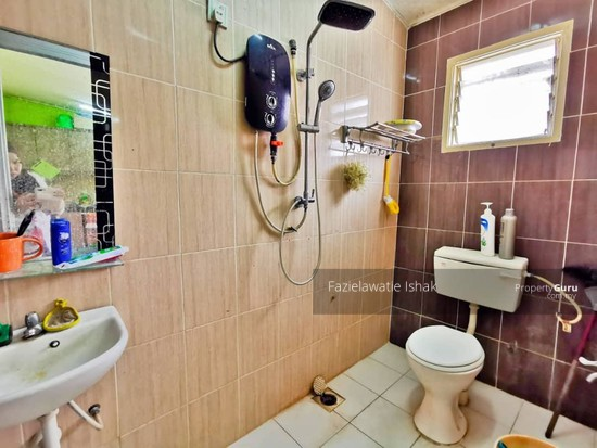 1.5 Storey Taman Impian Putra, Bandar Sri Putra Bangi [END LOT & RENOVATED]  141848670