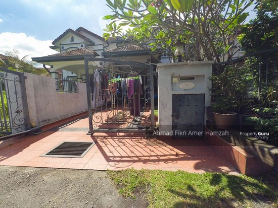 [RENOVATED] Double Storey Terrace Putra Heights  142529557