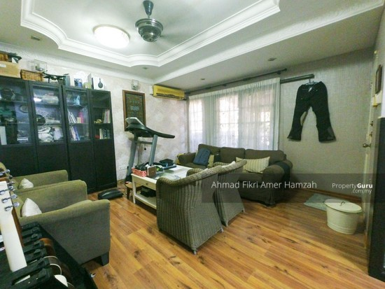 [RENOVATED] Double Storey Terrace Putra Heights  142529561