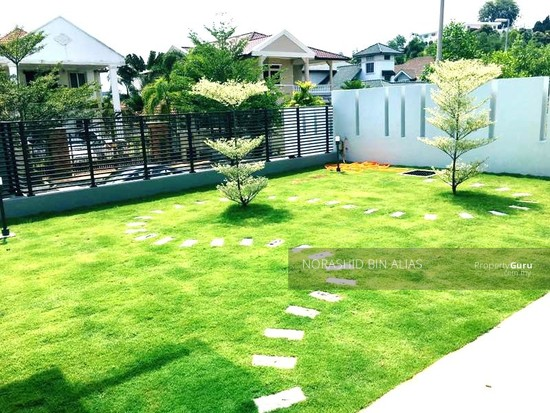 Double Storey Bungalow, Good Location in Shah Alam  144250465